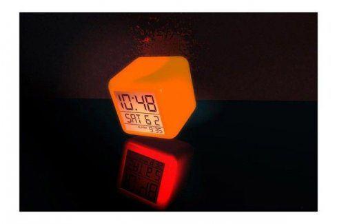 LED budík s barevnými efekty Budíky